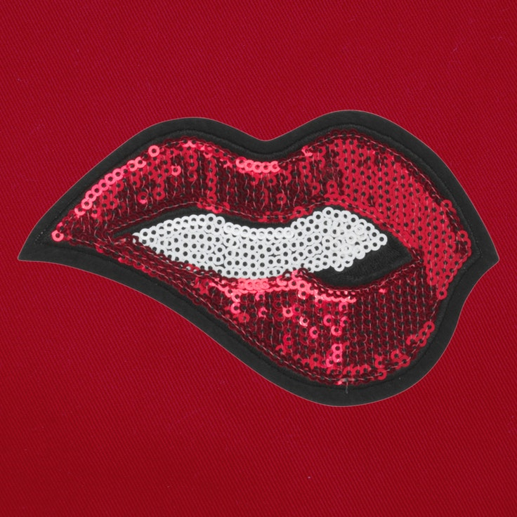 Badge Lips - 112