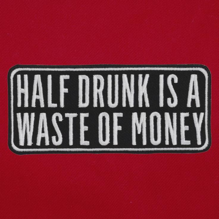 Badge Half Drunk - 51